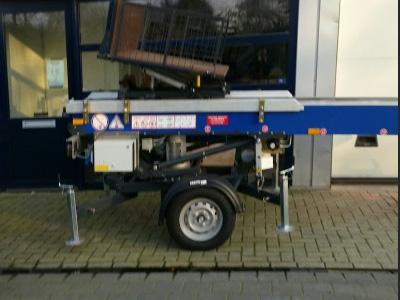 Ladderlift op aanhanger E18