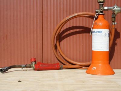 Loodgietersfles met brander
