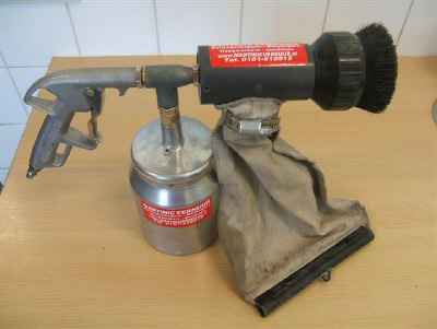 Gritpistool + onderbeker 1 liter