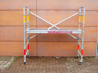 Werkhoogte: 3 meter Vloerhoogte: 1,2 meter