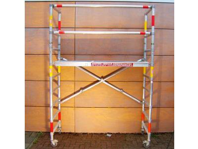 Werkhoogte: 4 meter Vloerhoogte: 2,2 meter